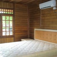 kamar-rumah-kayu-jati